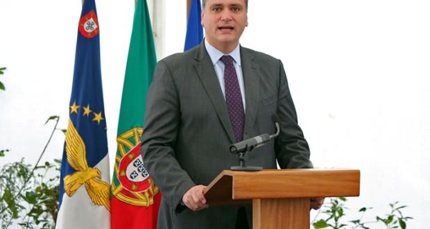 Presidente do Governo anuncia incentivos para atrair médicos de especialidades mais carenciadas