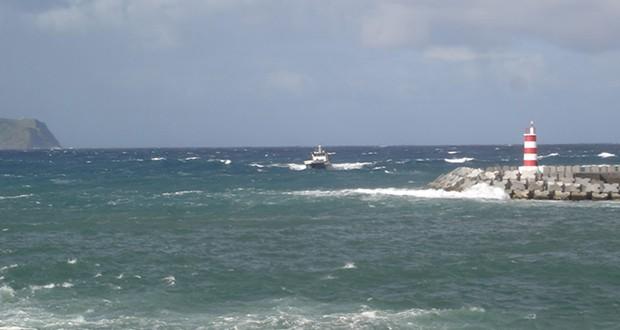 Vários portos dos Açores fechados devido ao mau tempo