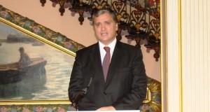 Presidente do Governo concede tolerância de ponto na tarde de Quinta-Feira Santa