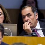 """""""O Governo tem de deixar de brincar aos aviões"""", afirma Jorge Macedo"""