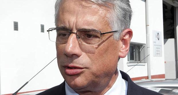 Governo desencadeia estratégia para escoamento dos produtos láteos açorianos no exterior, revela Luís Neto Viveiros