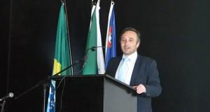 Vítor Fraga anuncia criação de programa de apoio às empresas para realização de congressos nos Açores