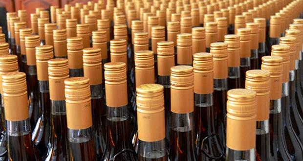 Parlamento Europeu prorroga redução do imposto aos licores e aguardentes produzidos nos Açores