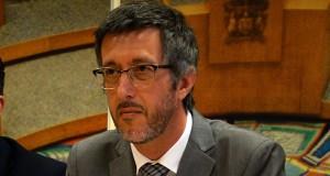António Pedroso crítica deslocação nula de algumas especialidades à Unidade de Saúde de Ilha (c/áudio)