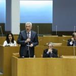 "CDS-PP pede ""frontalidade e honestidade"" ao PS para negociar"