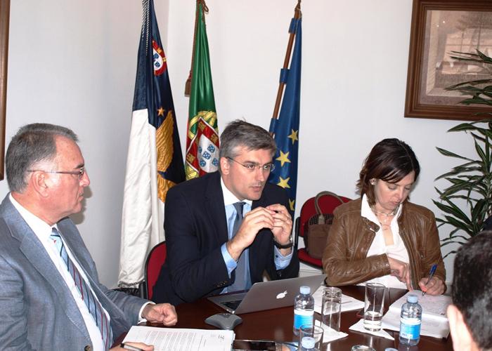 Soluções para listas de espera devem também consagrar o reforço da atividade cirúrgica normal, defende Luís Cabral