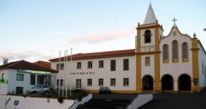 Médicos jorgenses apresentam casos do serviço insuficiente dos point-of-care a Luís Cabral