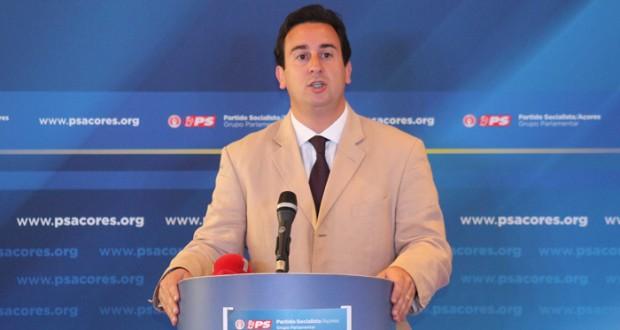 Berto Messias reeleito Presidente do Grupo Parlamentar do PS/Açores