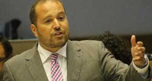 """""""O PSD dos Açores tem sido um partido adiado"""", salientou Francisco César"""