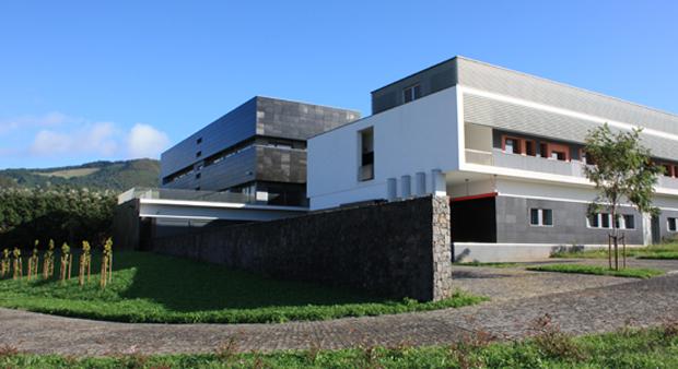 Governo dos Açores esclarece situação do Laboratório Regional de Veterinária