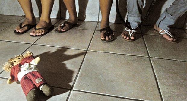 Detido suspeito pela prática de crimes de abuso sexual de crianças em São Jorge