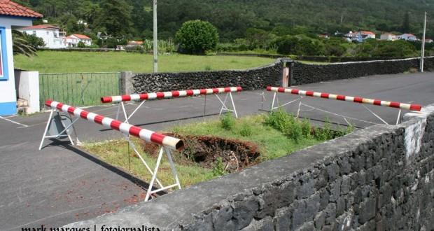 Buraco na zona dos Casteletes continua a constituir perigo na Urzelina (c/áudio)