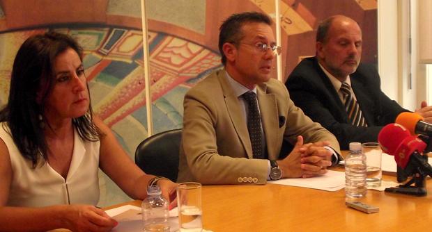 PSD/Açores propõe aumentar salários e dar mais estabilidade aos professores da Região