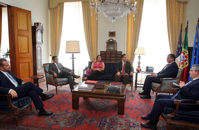 """""""Criação de emprego, amenização dos impactos da crise e crescimento económico são as prioridades do PS no Orçamento para 2015"""" defende Berto Messias"""