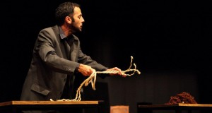 Biblioteca Pública João José da Graça promove formação em Teatro de Marionetas