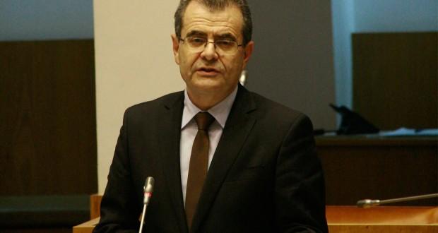 """Segurança nas escolas dos Açores """"é uma prioridade"""", reafirma Avelino Meneses"""