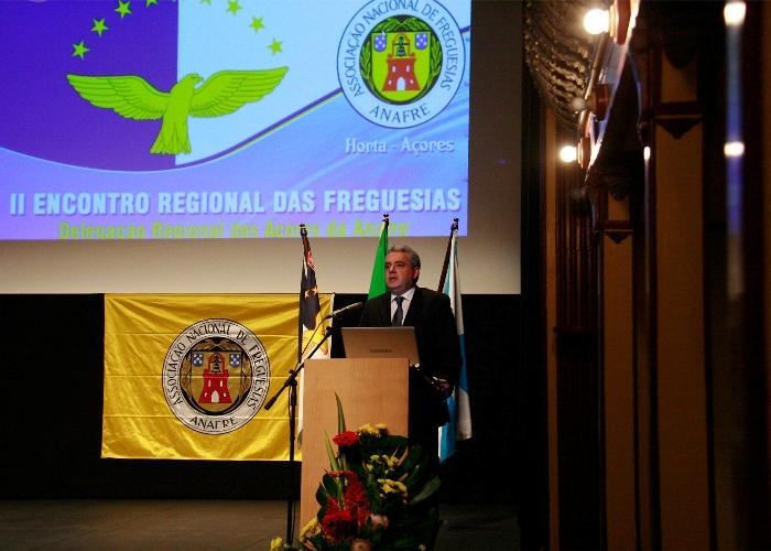 Sérgio Ávila elogia autarcas das freguesias e convida-os a cooperar com o Governo no combate ao desemprego