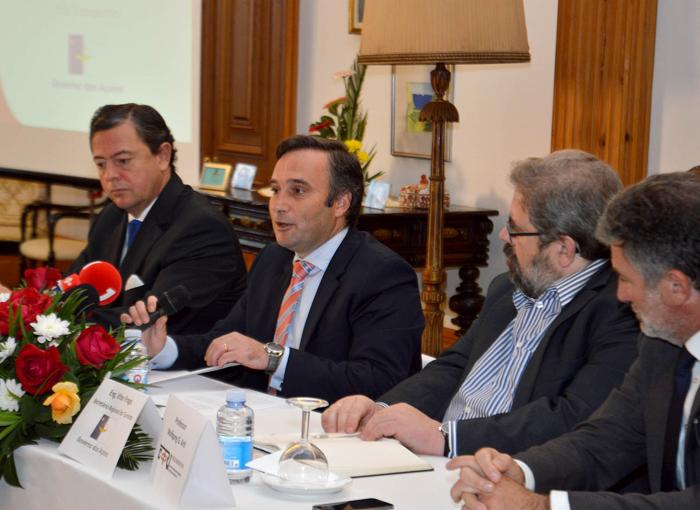Vítor Fraga garante que Governo está ao lado dos empresários na promoção dos produtos turísticos açorianos