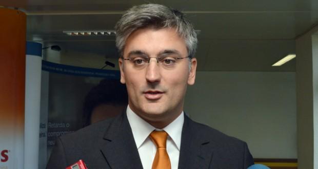 Centro de Radioterapia arranca no início de 2015, afirma Luís Cabral