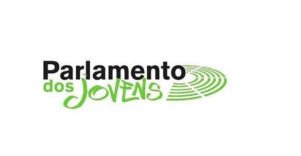 Participação no Parlamento dos Jovens com um aumento global de mais de quarenta por cento