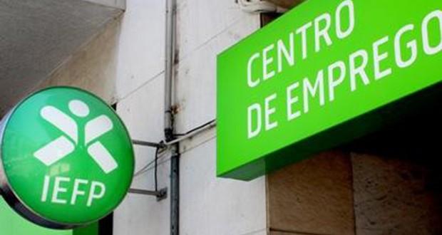 Desemprego nos Açores registou, no final de 2015, a maior redução dos últimos 10 anos