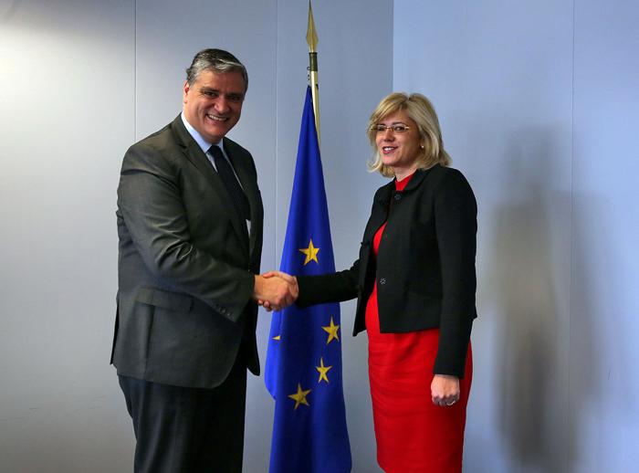 Vasco Cordeiro analisa Programa Operacional e Plano Junker com a nova Comissária Europeia para a Política Regional