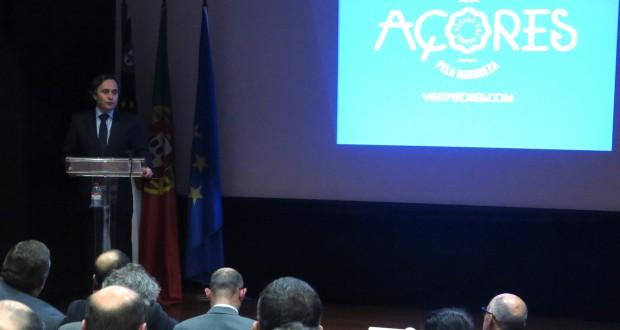 """Açores desenvolvem o """"trabalho mais abrangente"""" alguma vez efetuado ao nível do Turismo, afirma Vítor Fraga"""