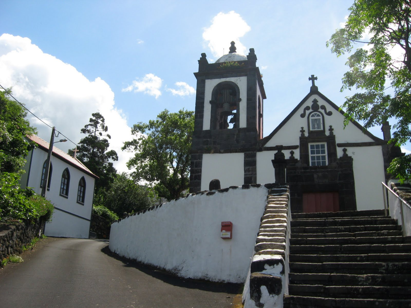 Governo dos Açores adjudica empreitada de requalificação da Igreja das Manadas, em S. Jorge