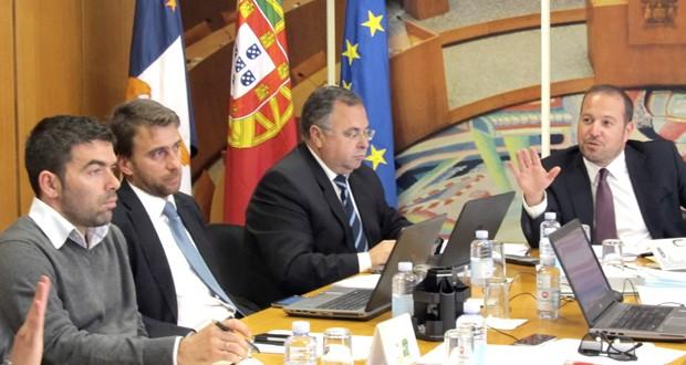 Deputados do PS aprovam redução de impostos aos Açorianos em Comissão