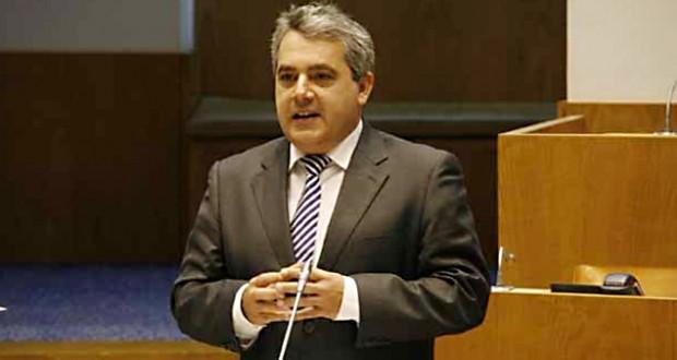 Atividade económica dos Açores está a crescer, afirma Sérgio Ávila