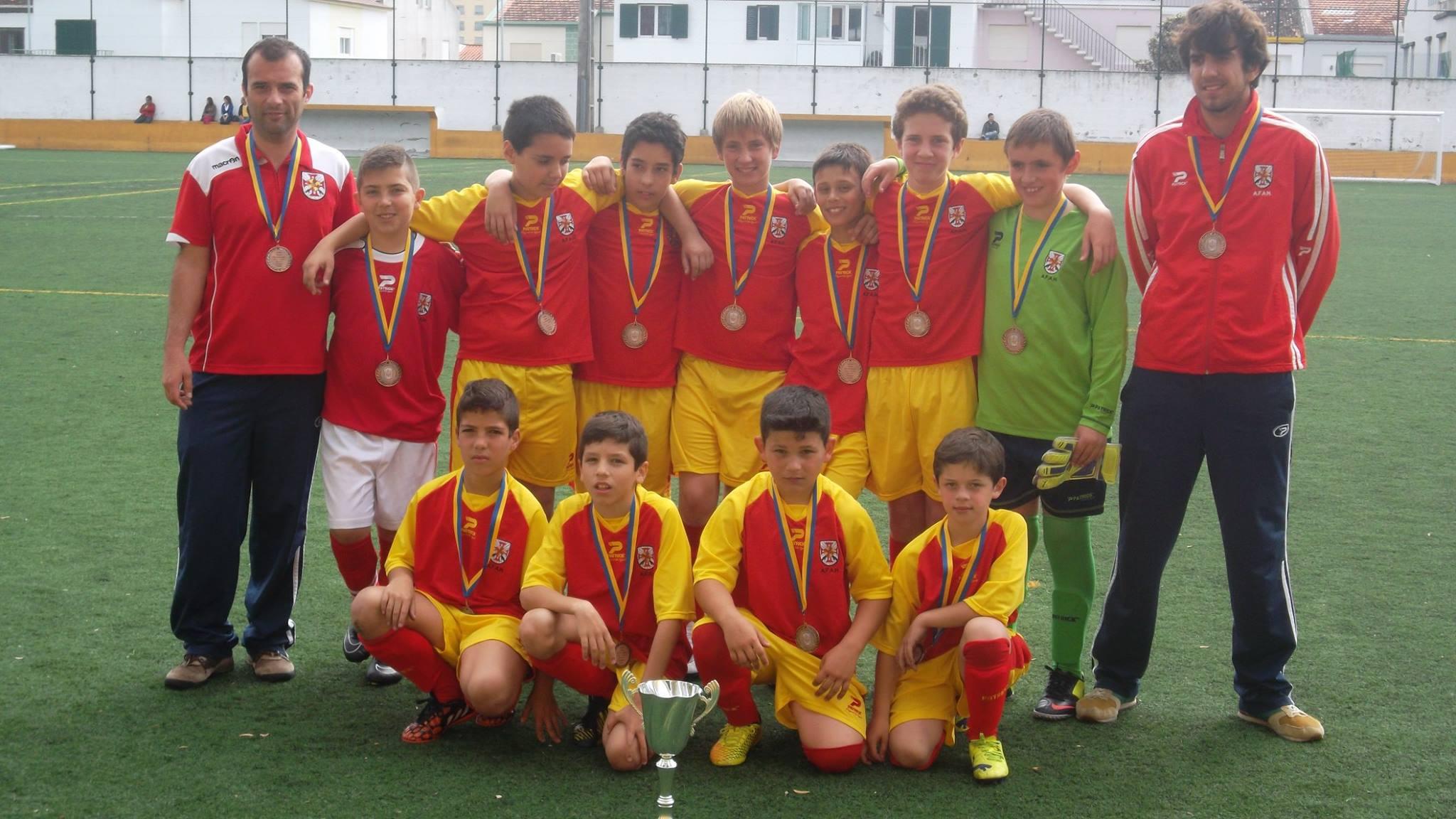 Seleção Sub-12 de São Jorge muito elogiada no Torneio Inter-ilhas, em São Miguel (c/áudio)