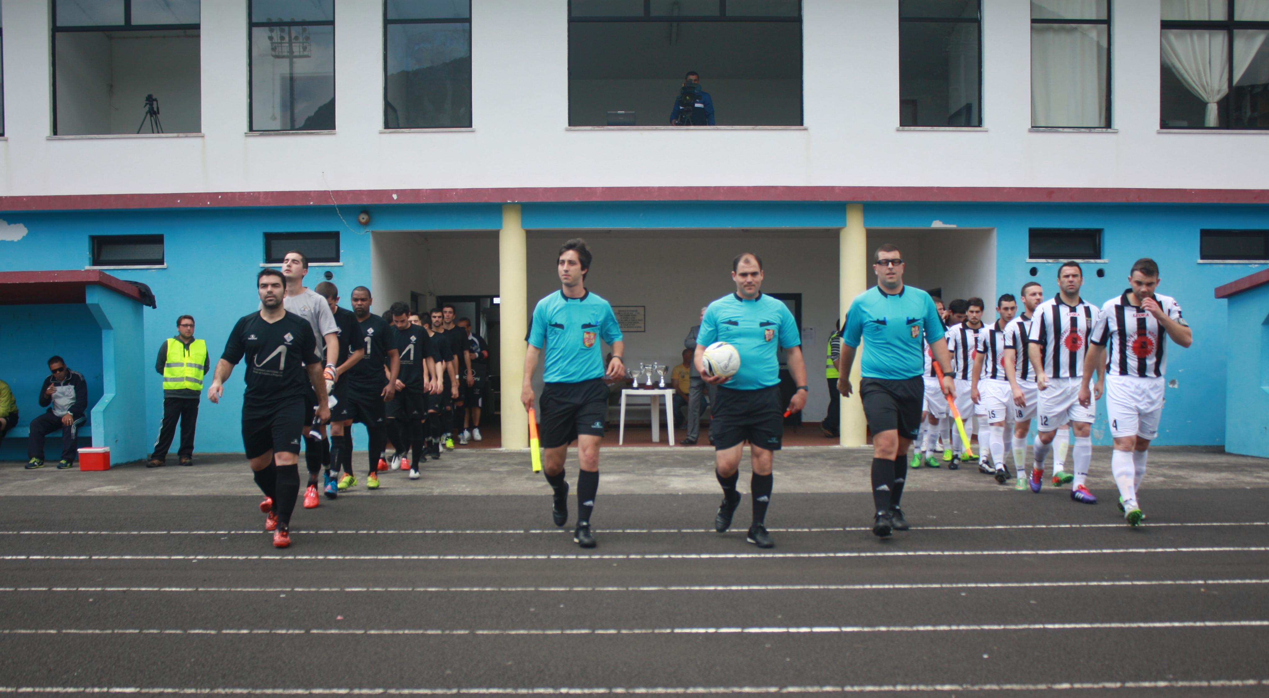 Em jogo bastante equilibrado Vilanovense vence GDV já no final e sobe à MEO Açores (c/áudio)