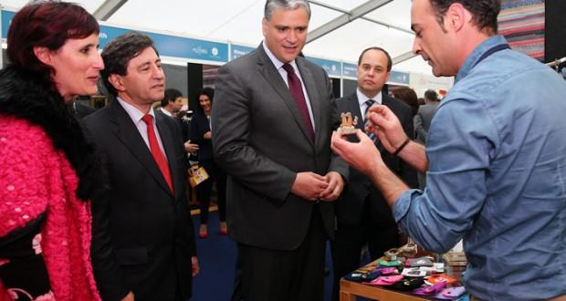 Governo assume tarefa de estender clima de confiança e esperança a toda a Região, afirma Vasco Cordeiro