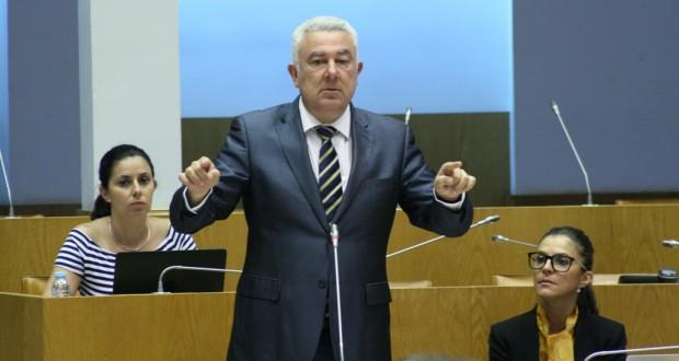 Reforma da Autonomia deve ser referendada e alvo de debate entre candidatos à República, defende Artur Lima