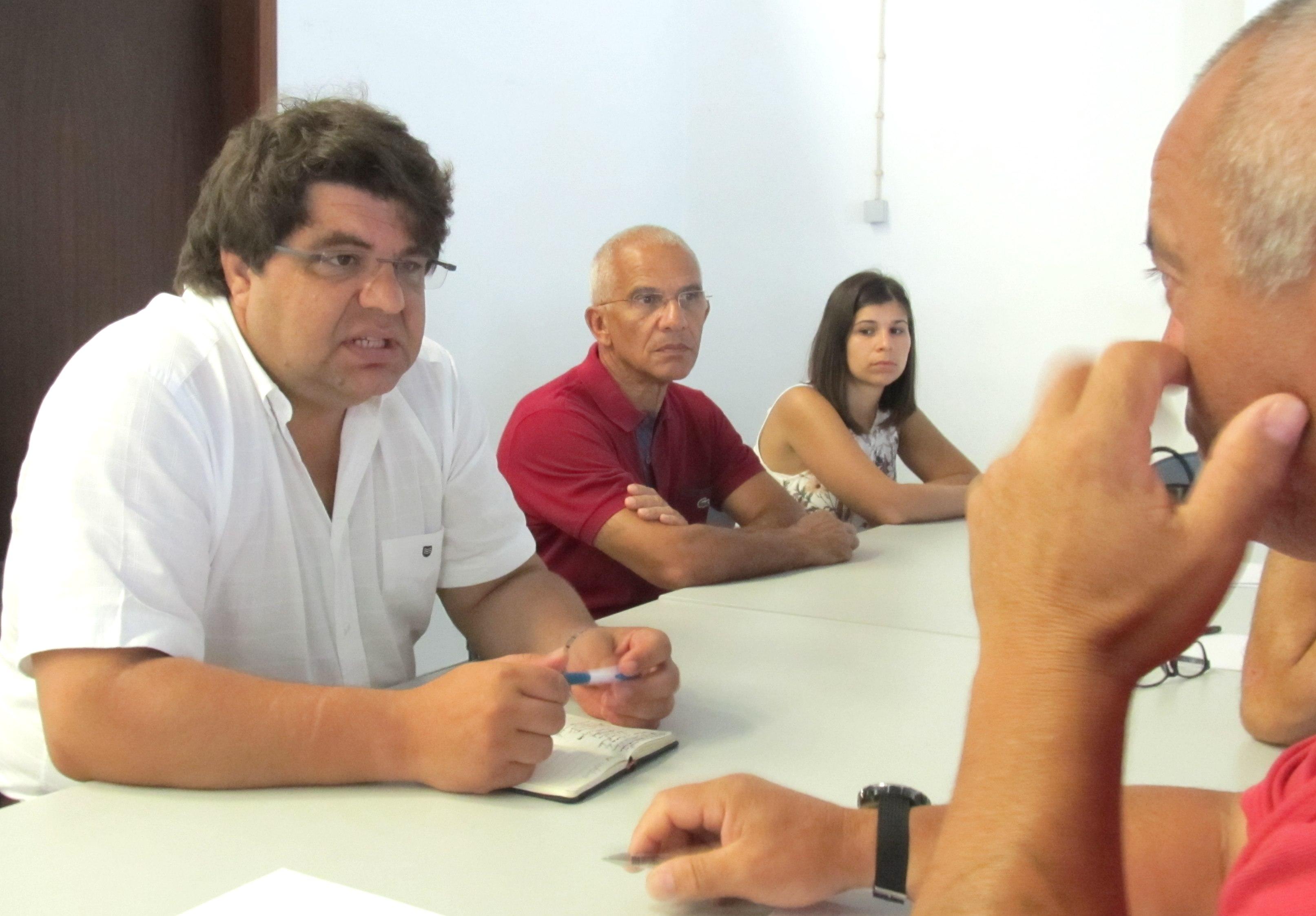 """""""O PS defende a instalação de um Centro de Observação Oceânica nos Açores"""", explicou João Castro"""