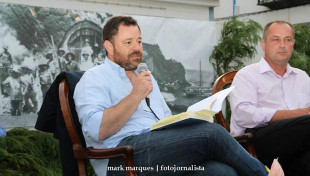 """Joel Neto apresenta livro """"Arquipélago"""" no Festival de Julho (c/áudio)"""