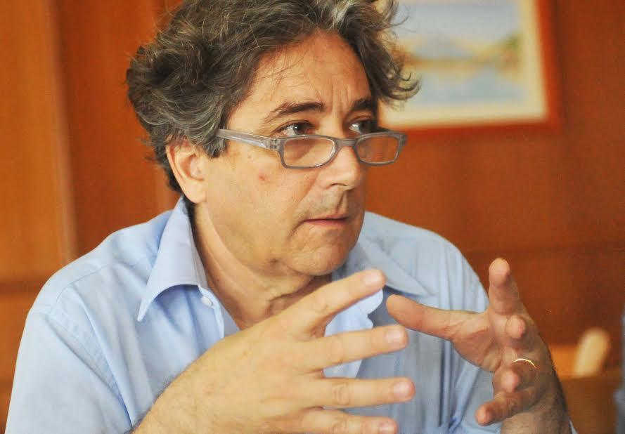 """Aprovação do """"relatório do leite"""" foi momento marcante deste ano, afirmou Serrão Santos"""