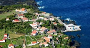 Fajã do Ouvidor pode ser local escolhido para construção de um Resort de Luxo – Luís Silveira concorda com investimento, mas garante que não haverá regimes de exceção (c/áudio)