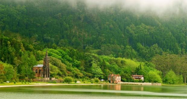 Governo dos Açores decide registar, a favor da Região, três imóveis abandonados pelo Estado