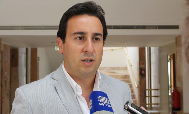 """""""Proposta de Duarte Freitas é ilegal e poderia impedir a Região de aceder a fundos comunitários"""", alertou Berto Messias"""