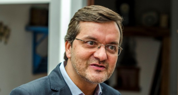Governo Regional desinveste nas Casas dos Açores