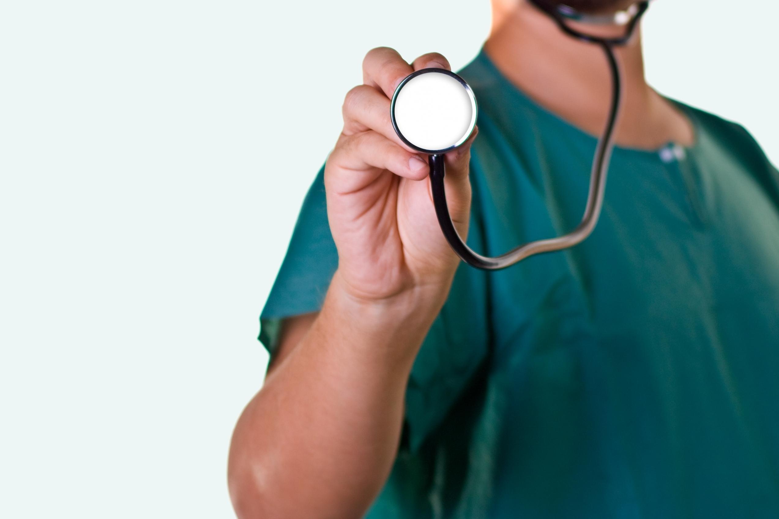 Governo dos Açores autoriza concursos para mais 81 médicos no Serviço Regional de Saúde