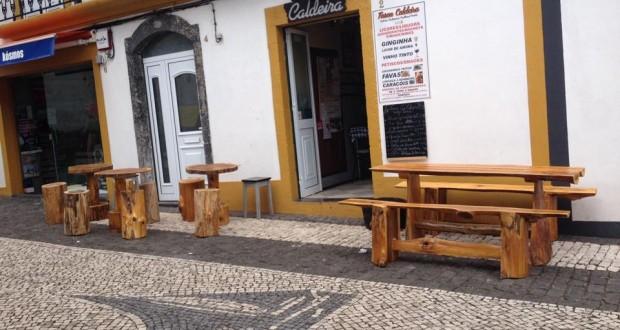 Tasca Caldeira continua a cativar jorgenses, mas também turistas (Reportagem c/áudio)