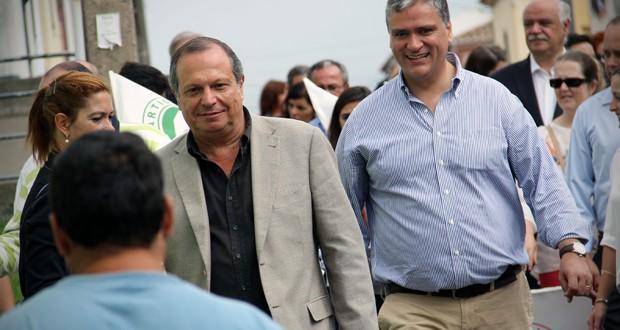 """""""O PS defende o equilíbrio orçamental sem ter de levar as famílias à bancarrota"""", sublinhou Carlos César"""