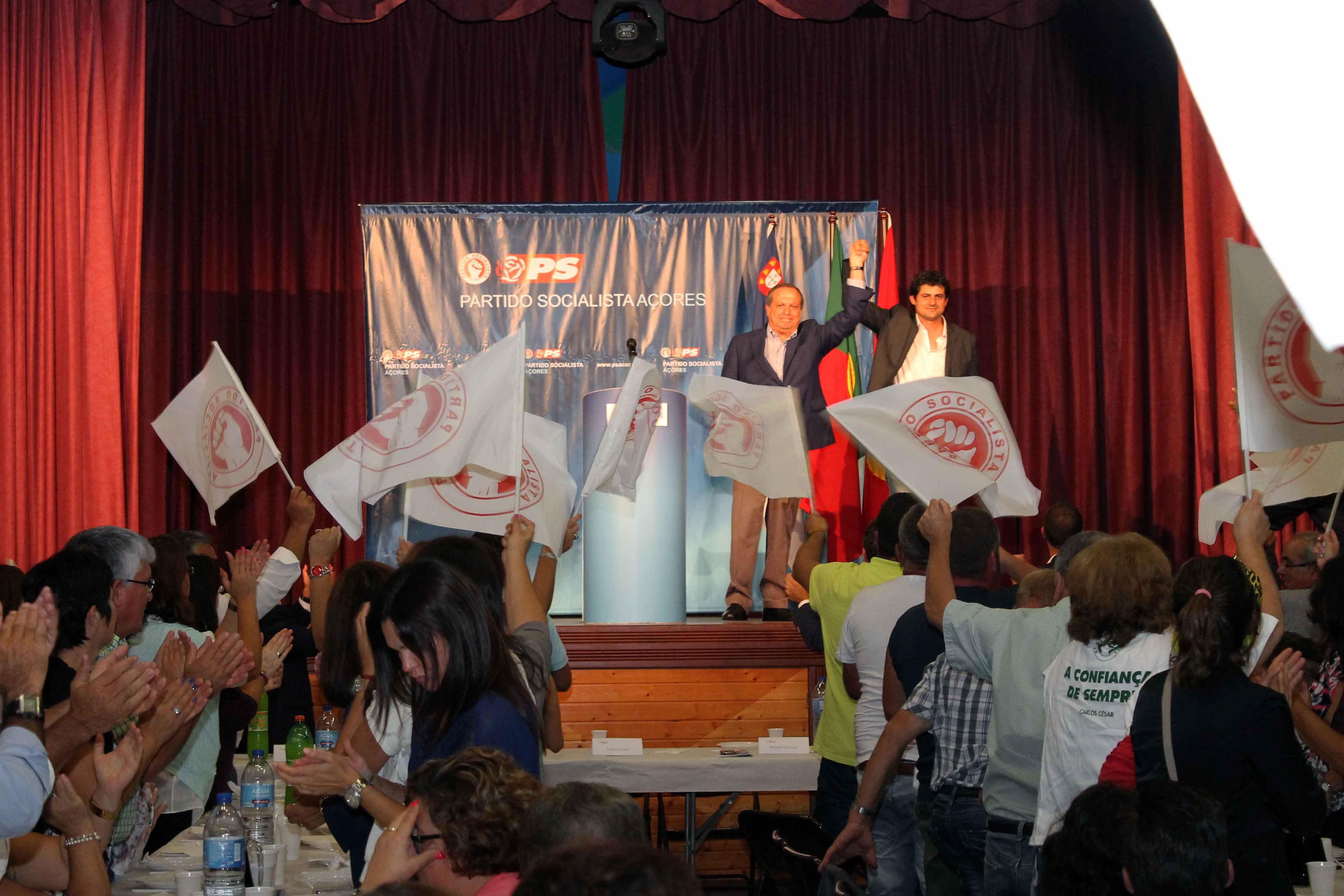 O Partido Socialista é uma força motriz na defesa dos Açores, assegura Carlos César