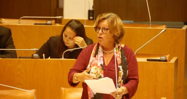 BE não aceita que haja menor exigência de segurança no transporte de crianças nos Açores