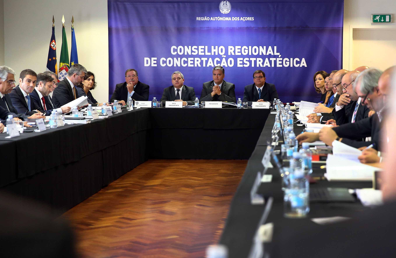 Presidente do Governo anuncia reforço de oito por cento no Plano de Investimentos para 2016
