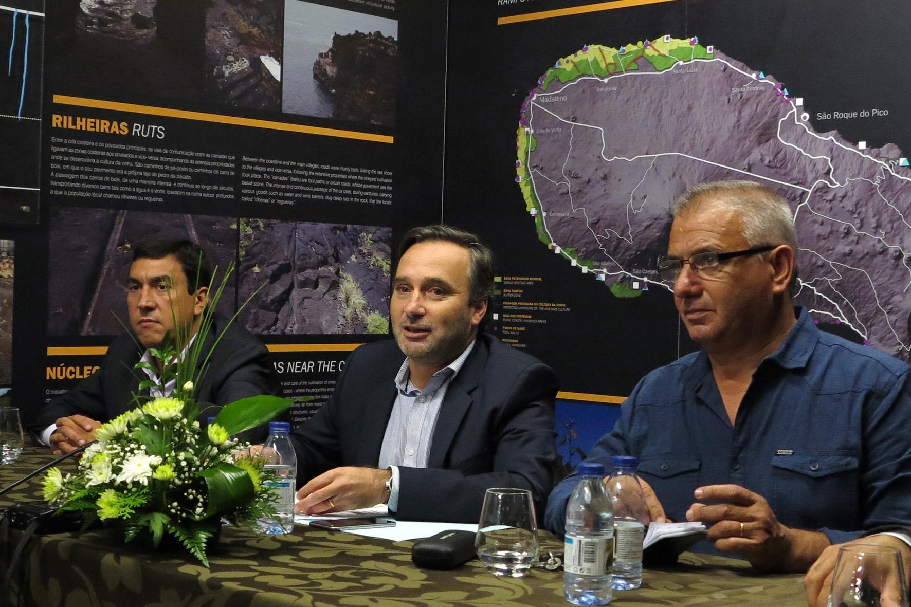Complementaridade de oferta entre ilhas deve nortear o desenvolvimento do setor do Turismo, afirma Vítor Fraga