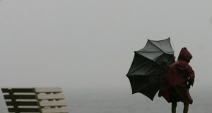 Proteção Civil alerta para previsão de chuva e vento em todo o arquipélago dos Açores