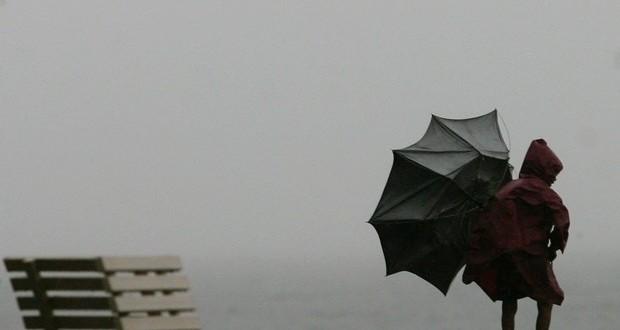 Previsão de chuva forte nos grupos Central e Ocidental dos Açores